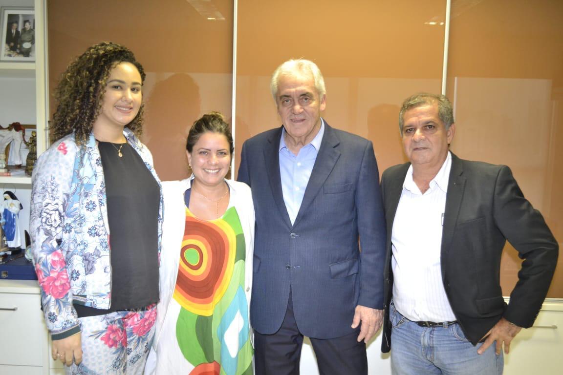 Deputada Mirela Macedo, Senador Otto Alencar e o Presidente do CRQ7, Antônio Cesar Silva